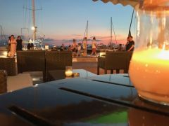 We found the best scandinavian bar in Naxos!