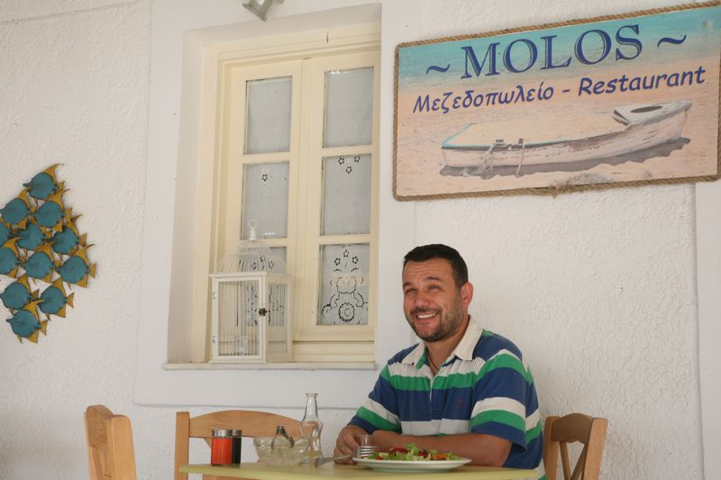 Alkis Soumpoulis – owner of  Molos Restaurant in Milos